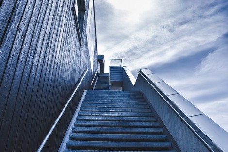 stairway-828883_640