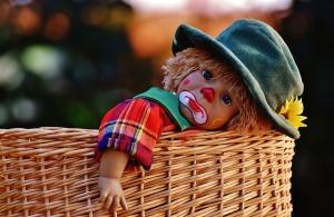 doll-1705325_640